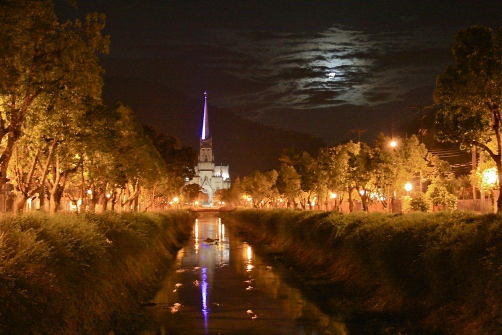 Catedral noite (foto Bruno Wanderley)